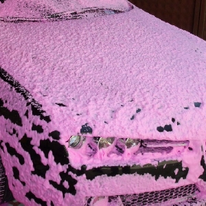 Pabrik sabun dan shampo SHAMPO ICE CREAM  RED (BUSA MERAH) SHAMPO SNOW WASH ICE CREAM FRUTTY RED dari shampo yang aman untuk semua jenis cat baik solid maupun metallic serta melindungi cat dari sinar matahari karna tidak mengandung bahan deterjen
